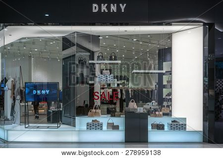 Dkny Shop At Emquatier, Bangkok, Thailand, Dec 25, 2018 : Luxury And Fashionable Brand Window Displa