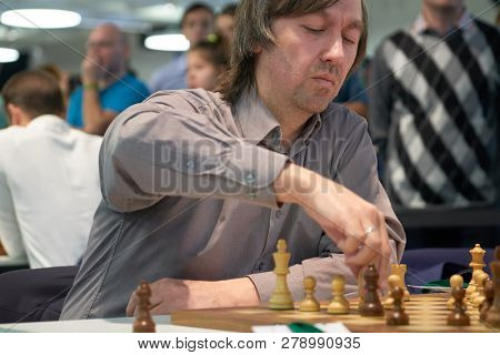 ST. PETERSBURG, RUSSIA - DECEMBER 28, 2018: Grandmaster Gata Kamsky, USA competes in King Salman World Rapid Chess Championship 2018. Eventually he took 22nd place