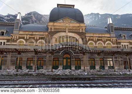 Canfranc, Spain - May 1, 2019 : Watch In The Abandoned Railway Station Of Canfranc Huesca Spain