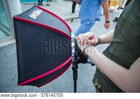 Azerbaijan Baku : 26.06.2020 . Soft-box Diffuser Flash . Professional 40cm Rigid Quick Folding Softb