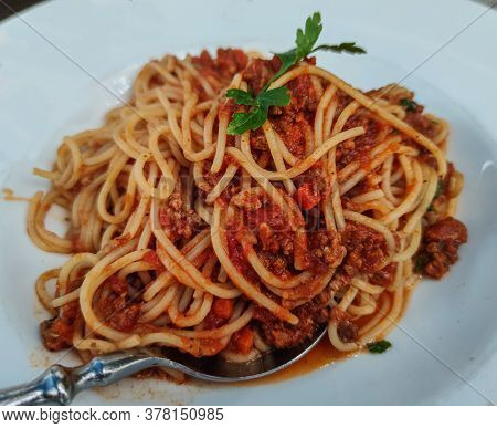 Spaghetti Bolognese On A White Plate - Food Photography