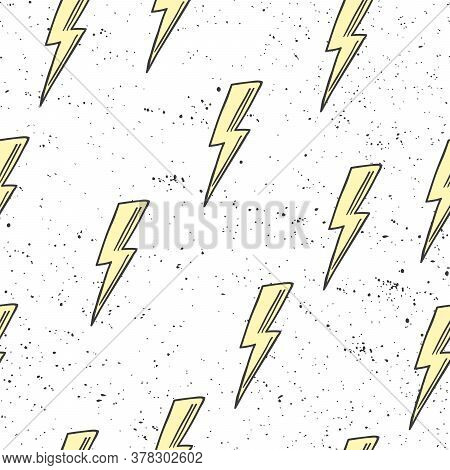 Abstract Seamless Pattern With Lightnings. Beautiful Modern Texture With Chaotic Painted Yellow Ligh