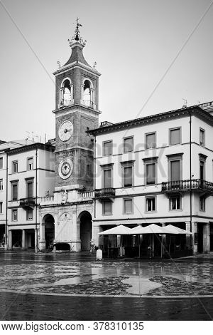 Square of the Three Martyrs (Piazza Tre Martiri) in Rimini, Italy/ Black and white urban photography