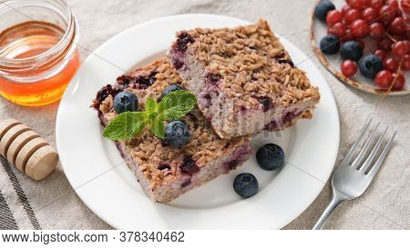 Baked Oatmeal Bars With Blueberry. Vegetarian Baked Oatmeal Pie