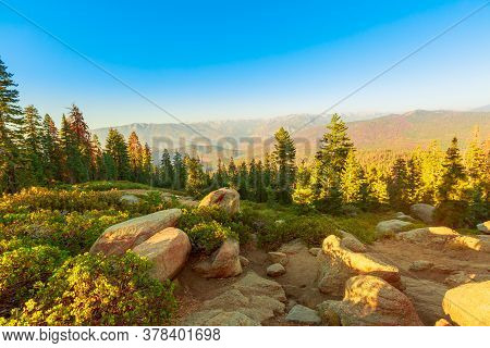 The Sunset Panorama On Californian Excursion Hike, Zumwalt Meadows Hiking In Kings Canyon National P