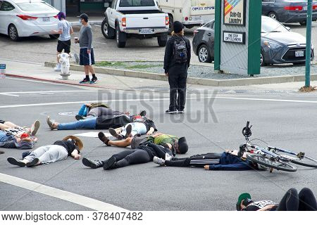 Alameda, Ca - July 3, 2020: Youth Led  Die-in Protest In Front Of The Alameda Police Station. A Die-
