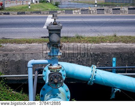 The Control Knobs For Big Water Blue Pipes