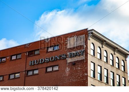 Ottawa, Ontario, Canada - 7/7/2020: A Sign On A Building Above A Hudson\'s Bay Company Retail Locati