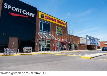 Ottawa, Ontario, Canada - 7/7/2020: The Outside Of Merivale Mall Shopping Centre In Ottawa, Ontario,