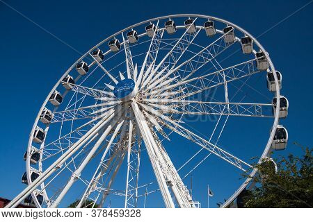 Cape Town, South Africa, February 17 2017: Cape Wheel At V&a Waterfront In Cape Town Under A Clear B