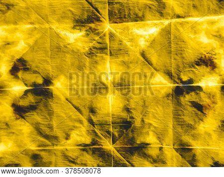 Watercolor Batik Repeat. Modern Steel Aquarelle Fabric. Watercolor Batik Repeat Print. Luxury Golden