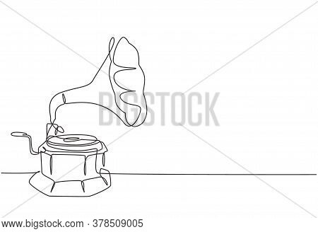 Single Continuous Line Drawing Of Old Retro Analog Vinyl Gramophone With Wooden Table Box . Nostalgi