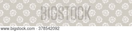 Seamless Border Damask Pattern. Neutral Cream Flower Blooms Banner Background. Elegant Minimal Off W