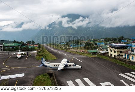 Lukla, Nepal : September-29-2018 : The Aircraft Preparing For Taking Off On The Runway Of Tenzing-hi