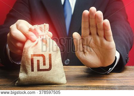 Businessman Refuses To Give Israeli Shekel Money Bag. Asset Freeze. Stop Financing Projects And Refo