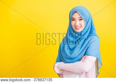 Asian Muslim Arab, Portrait Of Happy Beautiful Young Woman Islamic Religious Wear Veil Hijab She Smi