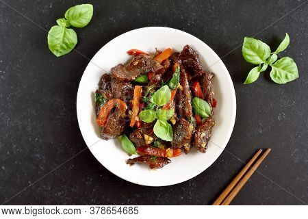 Thai Style Stir-fry Beef With Vegetables In Bowl. Top View, Flat Lay