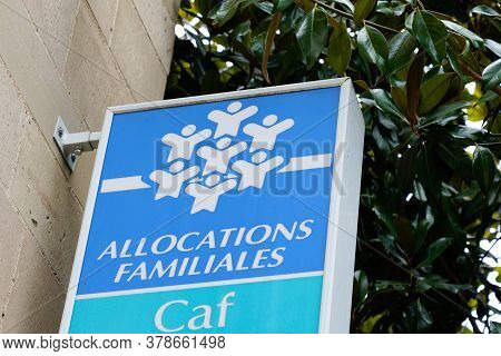 Bordeaux , Aquitaine / France - 07 25 2020 : Caisse Allocations Familiales Logo And Text Sign Of Caf