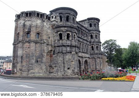 Porta  Is The Symbol Of The City Of Trier - The Largest And Best Preserved Antique Gate In The World