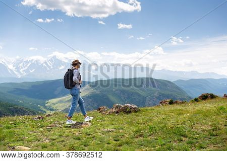 Woman With Backpack Hiking Lifestyle Adventure Concept. Copy Space.