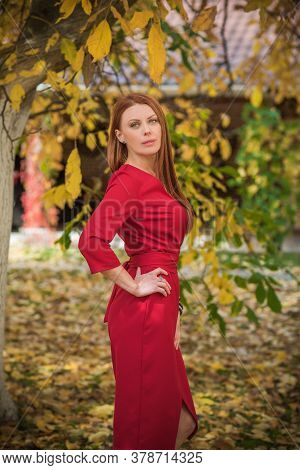 Portrait Of Pretty Fashionable Middle Age Redhead Woman, Mature Woman Lifestyle