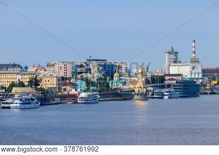 Kiev, Ukraine - July 28, 2018: View Of Podil Neighborhood And Dnieper River In Kiev