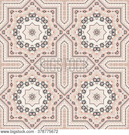Elegant Italian Maiolica Tile Seamless Pattern. Ethnic Structure Vector Swatch. Coverlid Print Desig