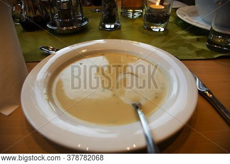 Dinner Main Course Fusion Austrian Style Serve To Customer And Travelers Eat Drinks In Dining Room O
