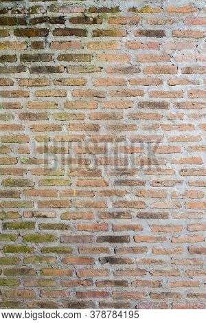 Old And Dirty Grung Brick Wall Texture Background