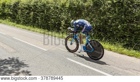 Bourgoin-jallieu, France - 07, May, 2017: The Dutch Cyclist Marco Minnaard Of Wanty-groupe Gobert Te