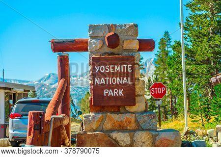 Yosemite National Park, California, United States - July 27, 2019: Entrance Gate To Visitor Center O