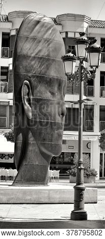 Elche, Alicante, Spain- July 20, 2020: Beautiful Three-dimensional Sculpture Of A Woman's Face Of Th
