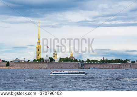 Saint Petersburg, Russia - July 12, 2020: Pleasure Crafts In The Waters Of The Neva River Near The P