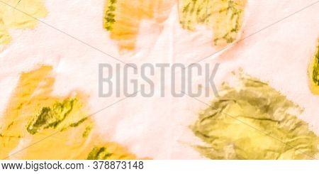 Leopard Vanilla Grunge Background. Purple Anaconda Grunge Background. Watercolor Colorful Piton Post
