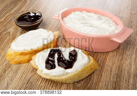 Transparent Bowl With Chocolate Sauce, Glass Pink Bowl With Soft Cottage Cheese, Sandwich With Cotta