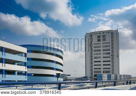 Howrah, West Bengal, India - May 23rd 2020 : Car Parking Lot And Nabanna, Building In Howrah, Houses