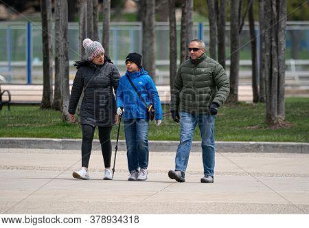 Harrison Township, Michigan / Usa - May 10-2020: Michigan Metro Park Activity During The Covid-19 Co
