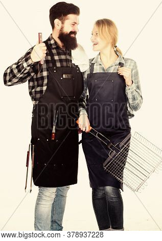 Family Bbq Ideas. Couple In Love Getting Ready For Barbecue. Picnic And Barbecue. Summertime Leisure
