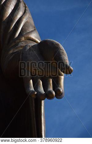 The Buddha Hand Of The Buddha Statue