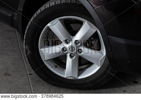 Novosibirsk/ Russia - July 18 2020: Nissan Qashgai, Car Wheel With Alloy Wheel And New Rubber On A C