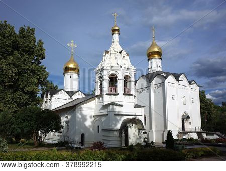 Russian architecture white buildings of Pyatnitskaya church and Vvedenskaya church, Architectural ensemble of Holy Trinity St. Sergius Lavra, Golden ring of Russia. Sergiev Posad, Moscow region