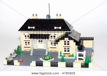 3D Model Of Beautiful Cottage