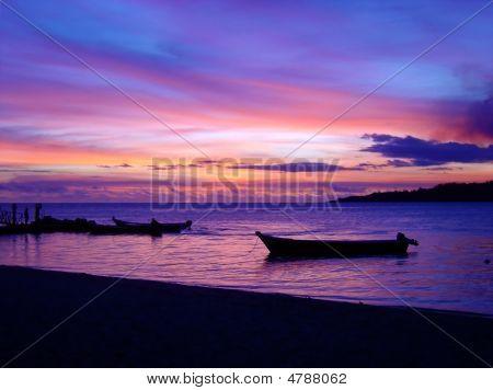 Stunning Fijian Sunset