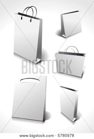 Diferentes bolsas en blanco, usted puede cambiar sus colores y modificarlos.