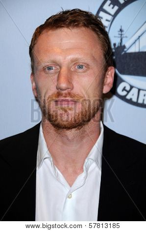 Kevin McKidd at 'One Splendid Evening' to benefit VH1 Save The Music Foundation. Carnival Splendor, Port of Los Angeles, San Pedro, CA. 03-26-09