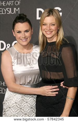 Jennifer Howell and Amy Smart   at the D and G Flagship Opening in Support of The Art of Elysium. D and G, Beverly Hills, CA. 12-15-08