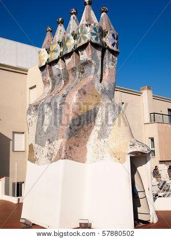 Casa Batllo mosaic chimney