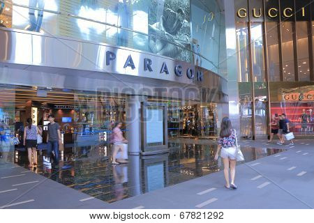 Shopping Orchard road Singapore