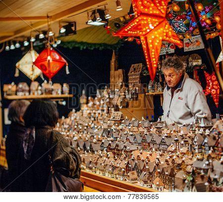 The Oldest Christmas Market In Europe - Strasbourg, Alsace, France