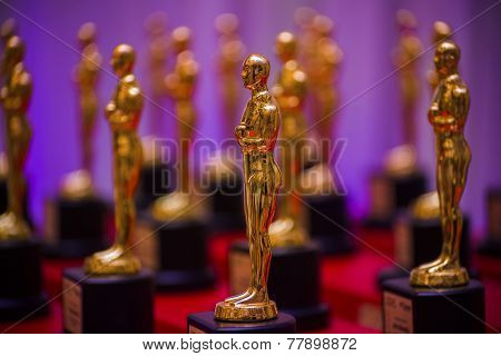 Golden Prize Statues